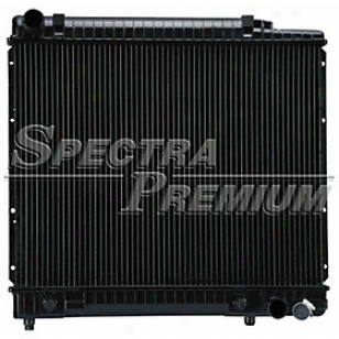 1982-1984 Mercedes Benz 300d Radiator Spectra Mercedes Benz Radiator Cu473 82 83 84