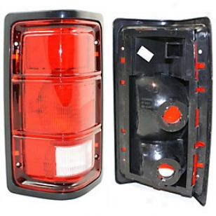 1988-1996 Dodge Dakota Tail Light Replacement Dodge Tail Light Tri4716 88 89 90 91 92 93 94 95 96