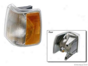 1990-1992 Volvo 740 Turn Signal Light Apa/url Parts Volvo Turn Signal Gossamery W0133-1606330 90 91 92