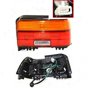 1993-1995 Toyota Corolla Tail Light Replacement Toyota Tail Light 11-1800-00 93 94 95