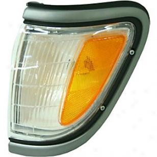 1995-1997 Toyota Tacoma Angle Light Replacement Toyota Corner Frivolous 18-3282-00 95 96 97