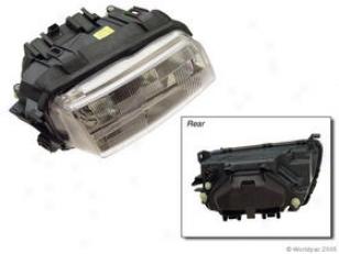 1996-1997 Audi A4 Hsadlignt Bosch Audi Headlight W0133-15991004 96 97