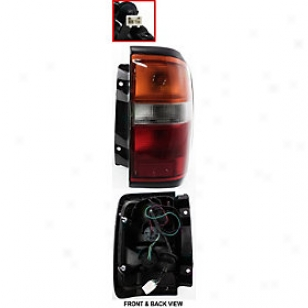 1996-1998 Nissan Pathfinder Tail Light Replacement Nissan Tail Light 11-3221-00 96 97 98