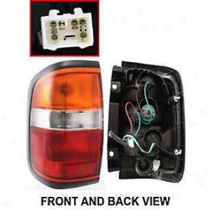 1996-1998 Nissan aPthfinder Tail Light Re-establishment Nissan Back part Light 11-3222-00 96 97 98