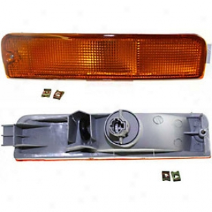 1996-1999 Nissan Pathfinder Turn Signal Light Replacement Nissan Turn Signal Light 12-1584-00 96 97 98 99
