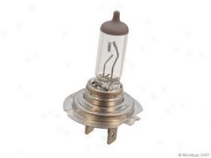 1997-2008 Audi A4 Headlight Bulb Slvania Audi Headlihht Bulb W0133-1637929 97 98 99 00 01 02 03 04 05 06 07 08