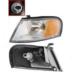 1998-1999 Nissan Altima Corner Light Replacement Nissan Corner Light 18-5224-00 98 99