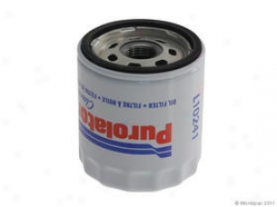 1998-2002 Chevrolet Prizm Oil Filter Purolator Chevrolet Oil Filter W0133-1917786 98 99 00 01 02