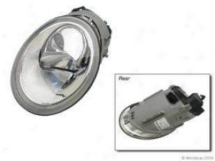 1998-2005 Volkswagen Beetle Headlight Bosch Volkswagen Headlight W0133-1602784 98 99 00 01 02 03 04 05