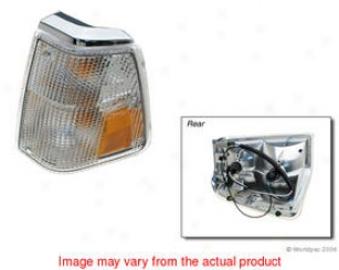 1999-2005 Saab 9-5 Turn Signal Light Apa/uro Parts Saab Turn Signal Light W0133-1849515 99 00 01 02 03 04 05