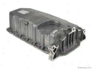 1999-2006 Volkswagen Golf Oil Pan Vaico Volkswagen Oil Pan W0133-1612571 99 00 01 02 03 04 05 06