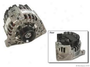 2000-2001 Audi A4 Alternator Valeo Audi Alternator W0133-1735959 00 01