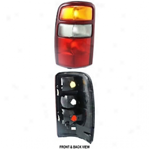 2000-2003 Chevrolet Tahoe Tail Light Replacement Chevrolet Tail Light 65800 00 01 02 03