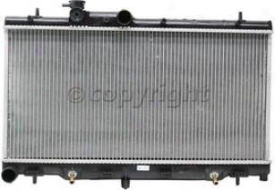 2000-2004 Subaru Legacy Radiator Csf Subaru Radiator 3100 00 01 02 03 04