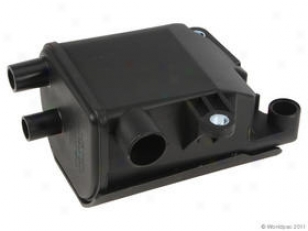 2000-2004 Volvo S40 Pcv Oil Trap Apa/uro Parts Volvo Pcv Oil Trap W0133-1660694 00 01 02 03 04