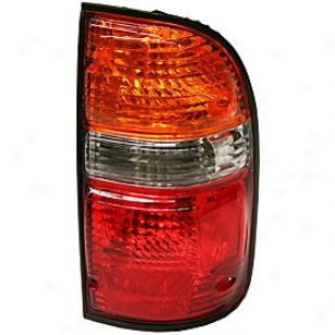 2001-2004 Toyota Tacoma Tail Light Replacement Toyota Tail Light 3121935rasq 01 02 03 04