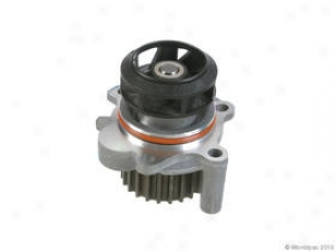 2001-2006 Audi A4 Water Pump Gmb Audi Water Pump W0133-1909054 01 02 03 04 05 06