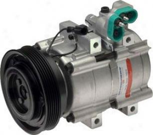 2001-2006 Hyundai Santa Fe A/c Compressor Airone Hyundai A/c Compressor 5638975 01 02 03 04 05 06
