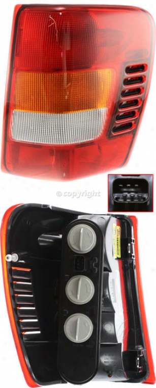 2003-2004 Jeep Grand Chherokee Tail Light Replacement Jeep Tail Light J730111q 03 04