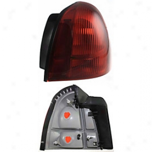 2003-2005 Lincoln Town Car Tail Light Replacement Lincoln Tail Light Rbl730101 03 04 05