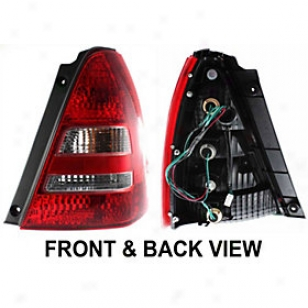 2003-2005 Subaru F0rester Tail Light Repladement Subaru Tail Light S730105 03 04 05