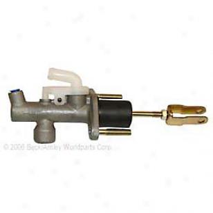 2003-2007 Infiniti G35 Clutch Master Cylinder Bedk Arnley Infiniti Clutch Master Cylinder 072-9499 03 04 05 06 07