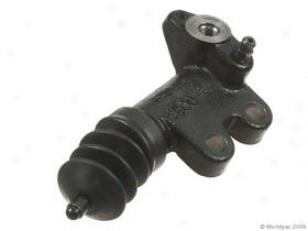 2003 Nissan Maxima Clutch Slave Cylindsr Nabtesco Nissan Clutch Slave Cylinder W0133-1813550 03