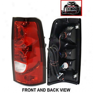 2004-2007 Chevrolet Silverado 1500 Tail Ligth Replacement Chevrolet Tail Light C730163 04 05 06 07