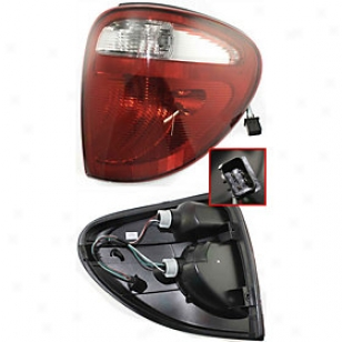 2004-2007 Chrysler Town & Country Tail Light Replacement Chrysler Tail Light D730133 04 05 06 07
