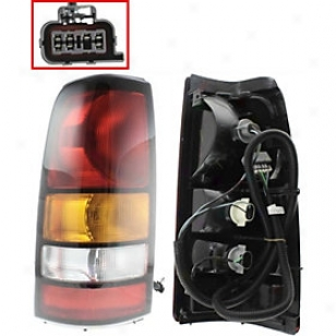 2004-2007 Gmc Sierra 1500 Tail Light Replacement Gmc Tail Light G730110 04 05 06 07