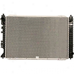 2005-2009 Ford Escape Radiator Replacememt Ford Radiator P2762 05 06 07 08 09