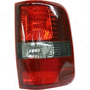 2006 Ford F-150 Tail Light Replacement Foed Tail Light F730147 06