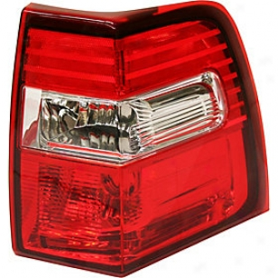 2007-2011 Ford Expedition Tail Light Replacement Ford Tail Easy  F730157 07 08 09 10 11