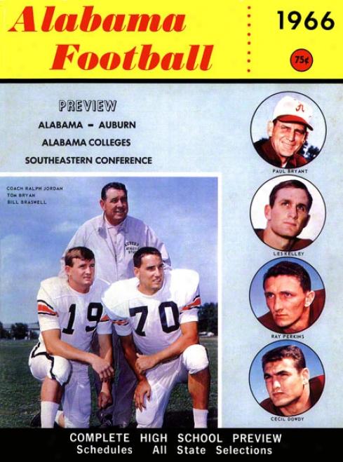1966 Alabama Bryant Vs. Shug 36 X 48 Canvas Historic Football Print