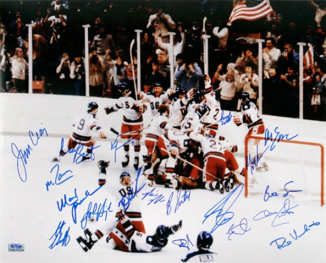 1980 U.s Olympic Hockey Team Autographed 16x20 Photograph With 19 Signatures