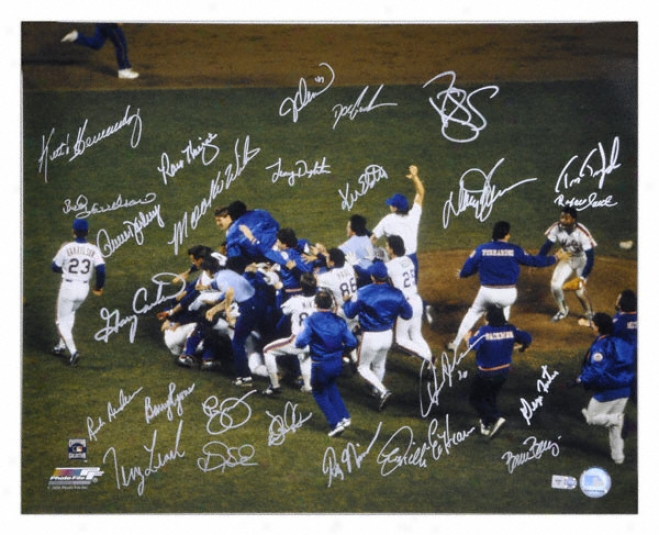 1986 New York Mets - Celebration On Mound - Autographed 16x20 Team Signed Photogarph