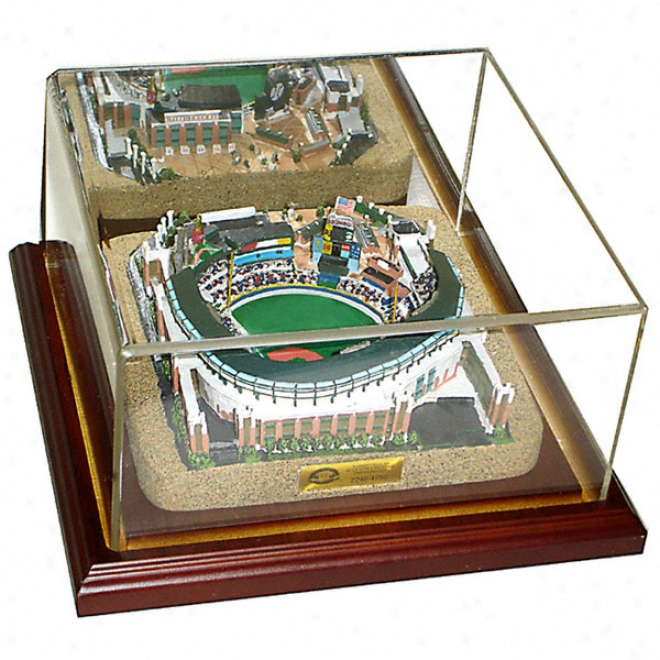 Atlanta Braves Turner Field Replica With Case - Gold Series