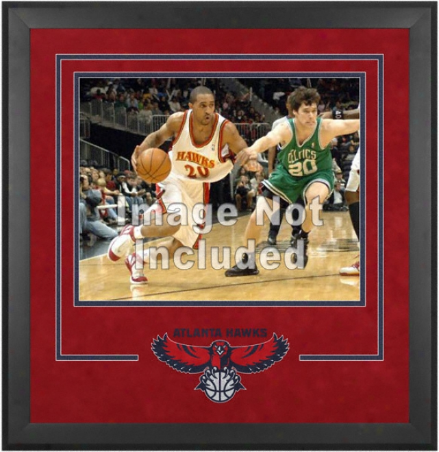 Atlanta Hawks 16x20 Horizontal Setup Frame By the side of Team Logo