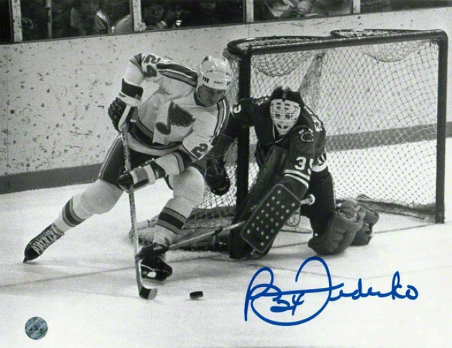 Bernie Federko St. Louis Blues Autographed 8x10 Photo Bw