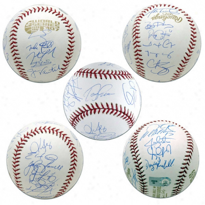 Boston Red Sox Team Signed 2007 World Series Baseball With 24 Signatures