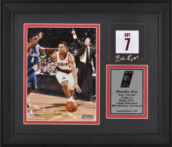 Brandon Roy Portland Trail Blazers Framed 6x8 Photograph With Facsimile Signature And Plate - Limited Edition Of 500