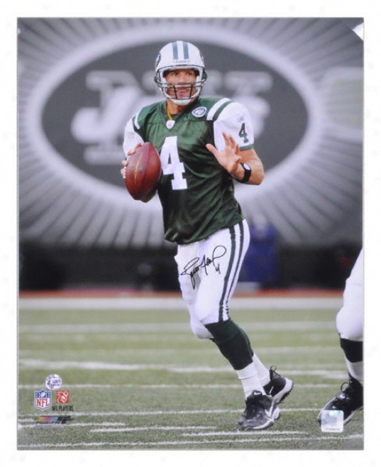 Bfett Favre New York Jets - Drop Back - Autographed 16x20 Phtoograph