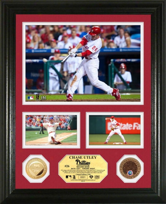 Chase Utley Philadelphia Phillies Coin With Authentic Infield Dirt Photo Mint