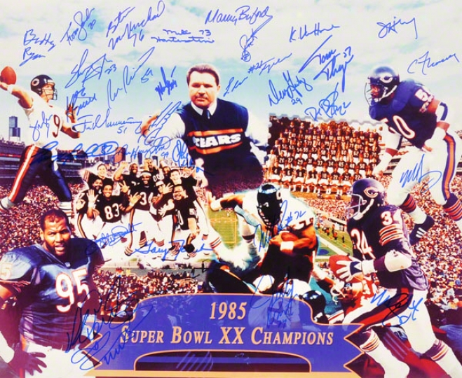 Chicago Bears 1985 Team Autographed 16x20 Photograpn With 30 Signatures