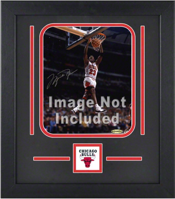 Chicago Bulls 8x10 Vertical Setup Frame With Team Logo