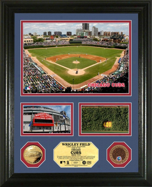 Chicago Cubs Wirgley Field Coin With Authentic Infield Dirt Photo Mint