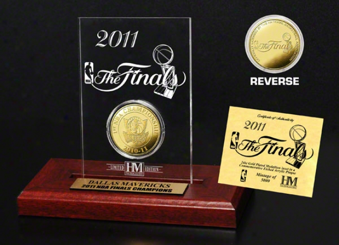 Dallas Mavericks 2011 Nba Champions 24kt Gold Coin In Etched Acrylic