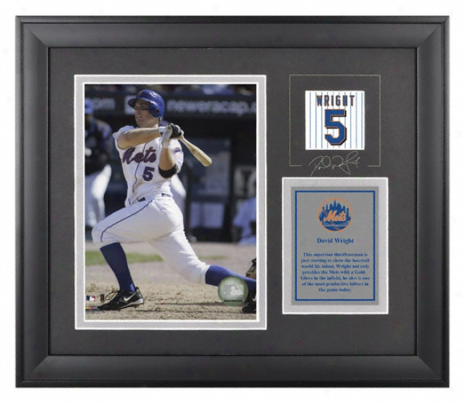 David Wright Framed 6x8 Photograph  Details: New York Mets, With Facsimile Signatude