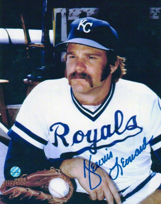 Dennis Leonard Kamsas City Royals Autographed 8x10 Photo Pose