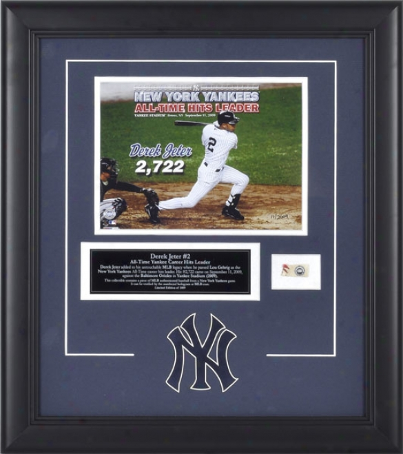 Derek Jeter New York Yankees - Record Breaking Hit - Framed 6x8 Photograph With Plate And Game Used Baseball - Le 2009
